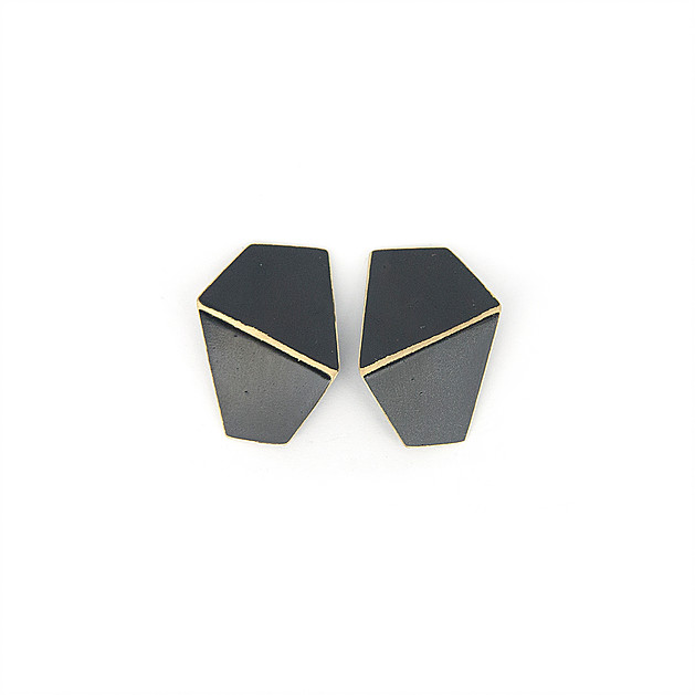 b99df9c225a earrings Folded by Lisa Kroeber – Eesti Disaini Maja / Estonian Design House